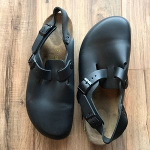BIRKENSTOCK black clog style with buckle